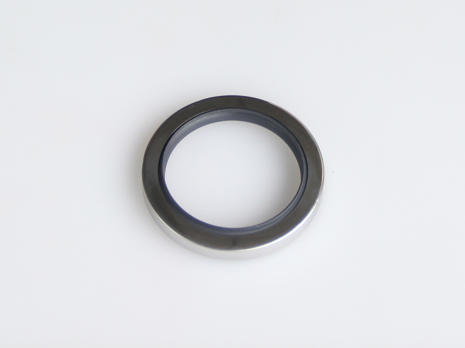 DSH-Oil Seals, C Type-double Lip Stainless Steel Ptfe Rotary Oil Seals-1