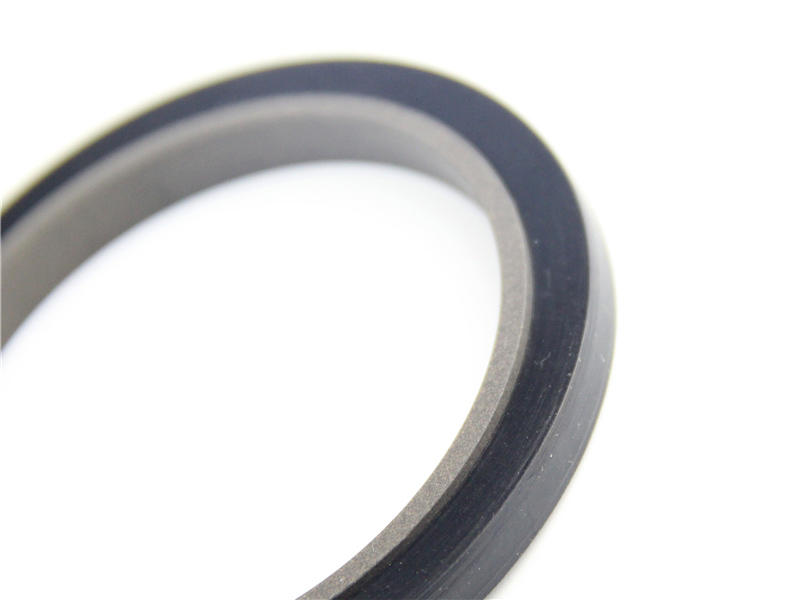 compact u cup rod seal design for machine